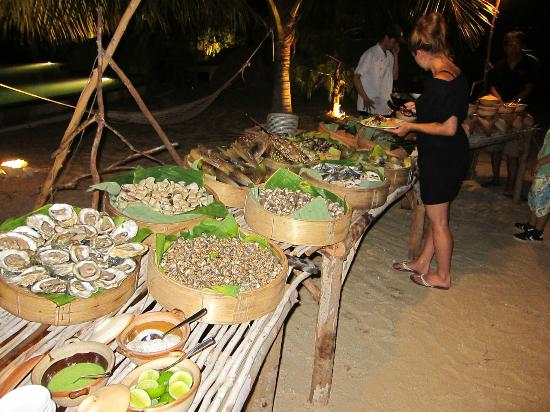 L'Alyana Villas Ninh Van Bay: Skaldyrsbuffet den ene aften