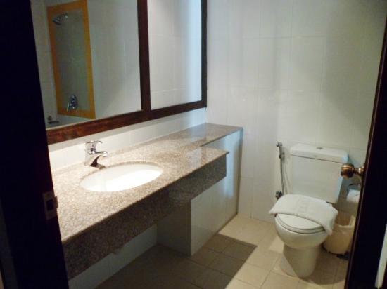 APK Resort & Spa: Bathroom