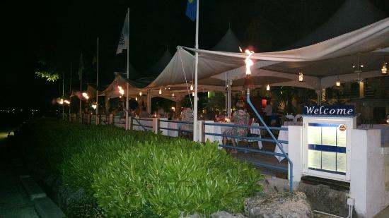 The Beach House Restaurant & Bar: View of the Beach House from the boardwalk