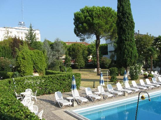 Hotel Terme Vena D'Oro: Sonne oder Schatten im schönen Garten