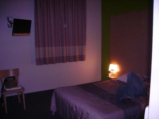 B&B Hotel Toulouse Basso Cambo : chambre familiale