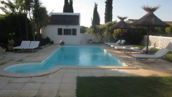 Hotel Lou Garbin: piscine1