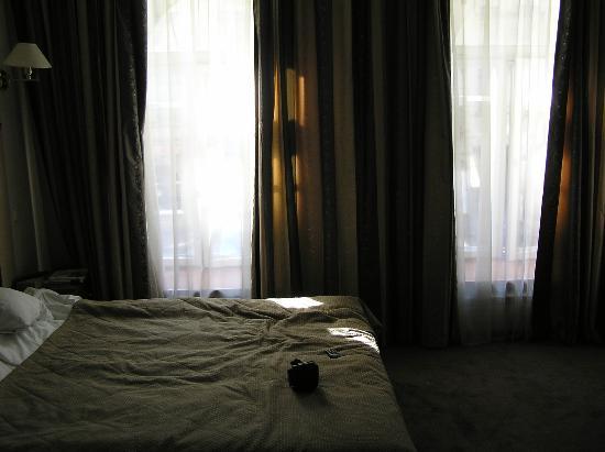 Kristoff Hotel: Реально просторный номер (это не широкоугольная обманка)