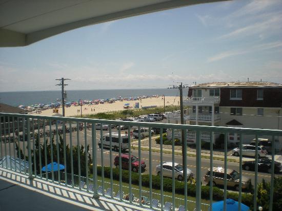 Sea Crest Motor Inn: View