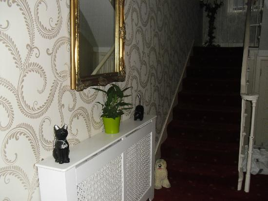 Edinburgh Central Guest House : hallway