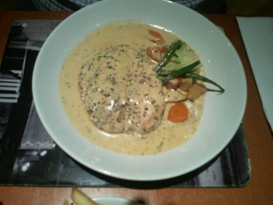 Saffy's Cafe Bar & Brasserie: Saffy's Ayr pepper chicken in cream sauce. Stunner.