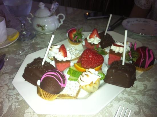 Royal Tea Room : dessert course, Mother's day tea