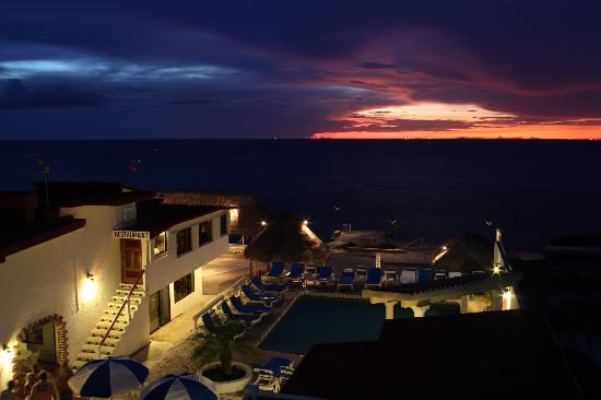 Scuba Club Cozumel: Room View Sunset