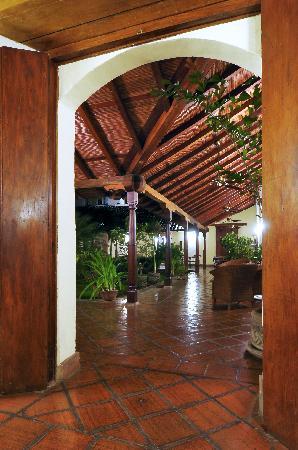 Hotel Patio del Malinche: Entrada
