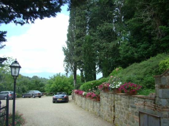 Il Gavillaccio: Lovely gardens at villa 