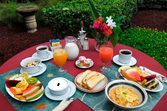 desayuno: fotografía de Hotel Patio del Malinche, Granada ...