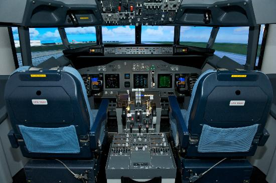 iPILOT Munich Ltd.: Flugsimulator Boeing 737