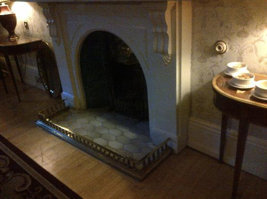 The Ardilaun Hotel: Altro angolo di una sala