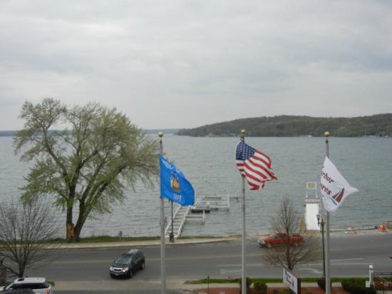Harbor Shores on Lake Geneva: View of the Lake side room