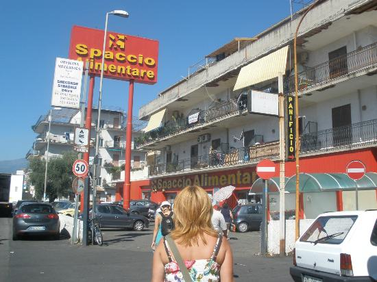 Villaggio Alkantara: sklep