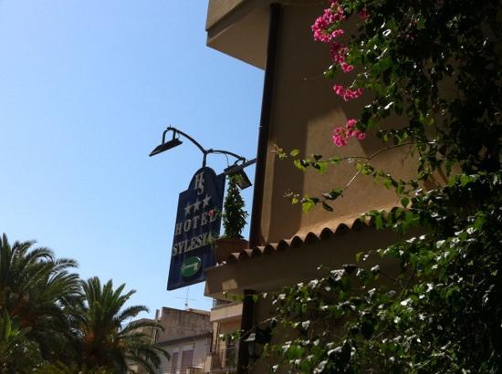 Hotel Sylesia: A lato dell'ingresso