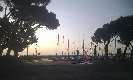 Hotel Vittorio : Sunrise from room