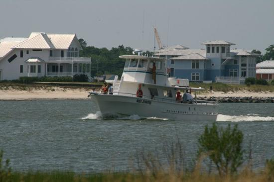 Cherrystone Family Camping Resort: Charter Fishing