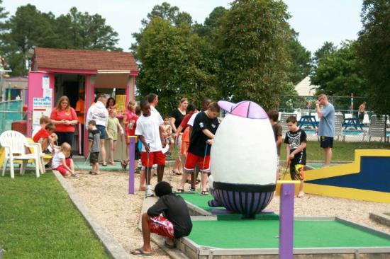 Cherrystone Family Camping Resort: Mini Golf