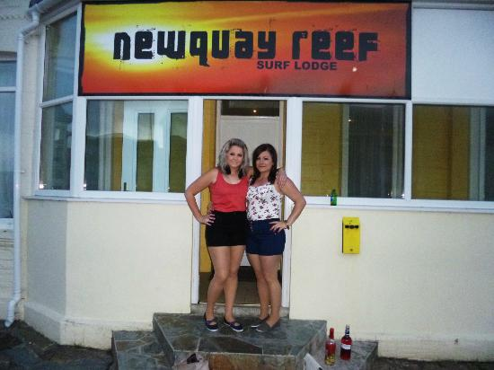 Newquay Reef Surf Lodge : Front