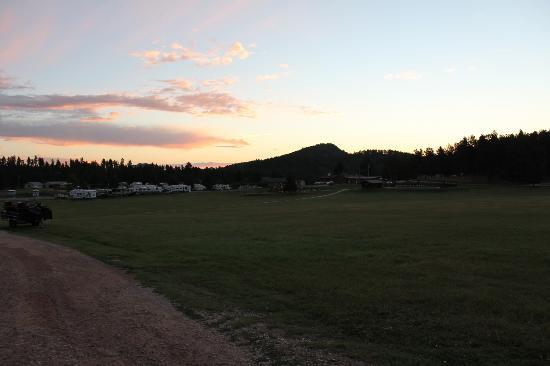Rafter J Bar Ranch Campground : Sunrise at Camp