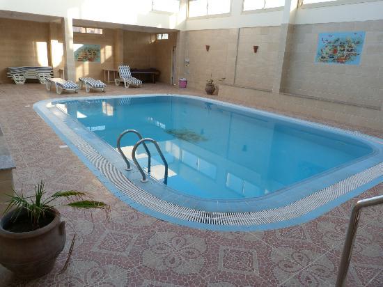 Hotel Ali Baba: La piscine (Accès par le 1er étage !)