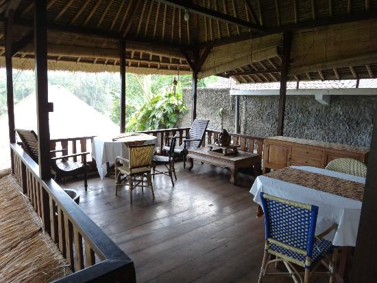 Graha Moding Villas: Balcony