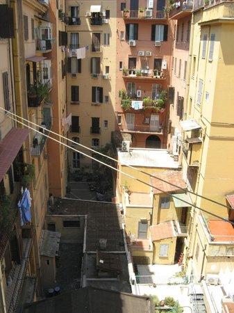 ريليه لاميزون دي لوكس: view from our triple room 