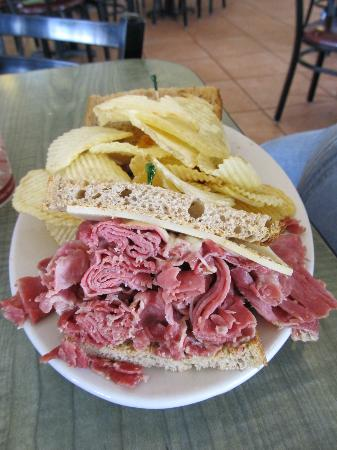 Jason's Deli : Reuben and chips