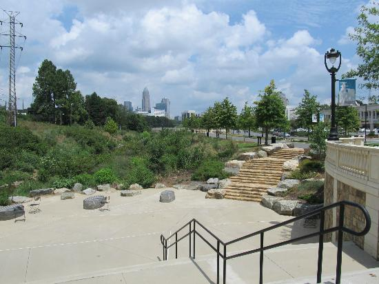 Little Sugar Creek Greenway: Lower section of Greenway with seating area