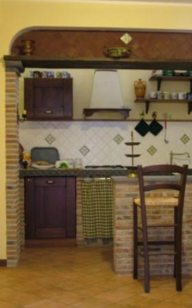 Bed and Breakfast Scoprisicilia: Cucina appartamento indipendente