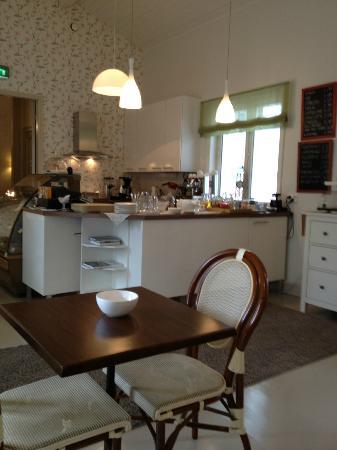 Hotel Pusa : Breakfast hall