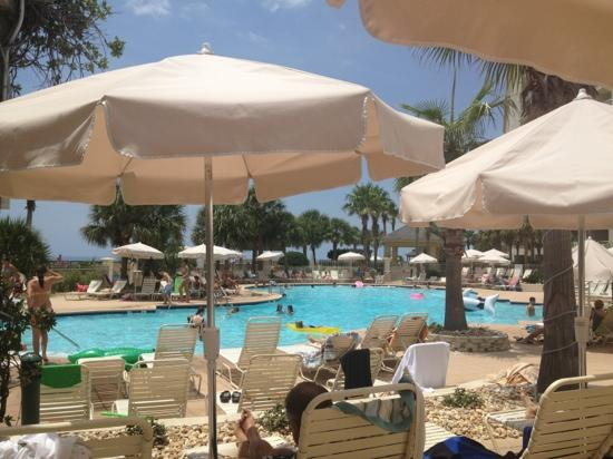 The Beach Club: club pool