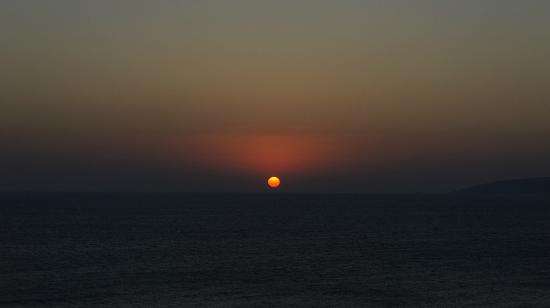 Peninsula Resort & Spa : sunrise