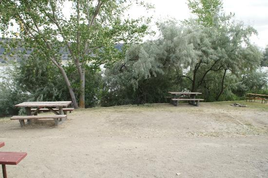 Sunbanks Lake Resort: Camp site T86