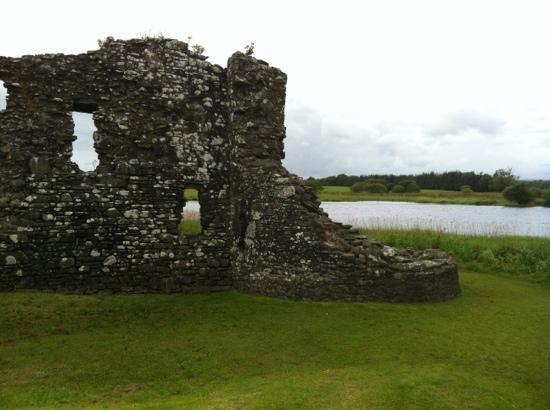 behind threave castle