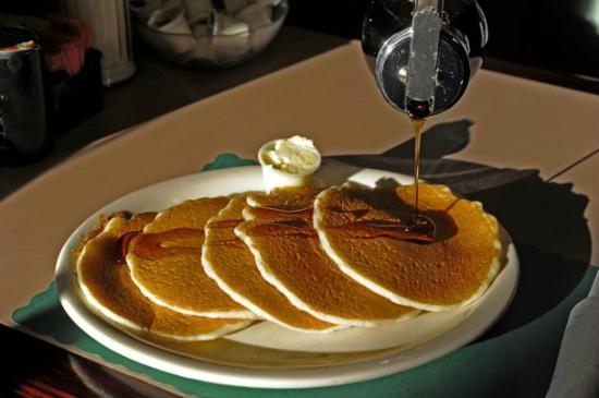 Bentley's Falls Church Diner: Photo - Courtesy of Washington Post