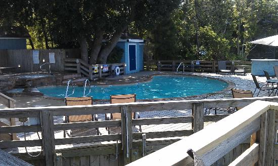 Inn at Corolla Light: Pool area with jaccuzi