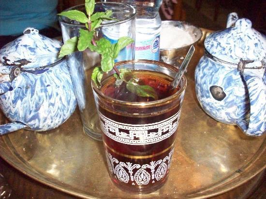 Old City (Coptic Cairo): Refreshing mint tea at El Fishawi Cafe