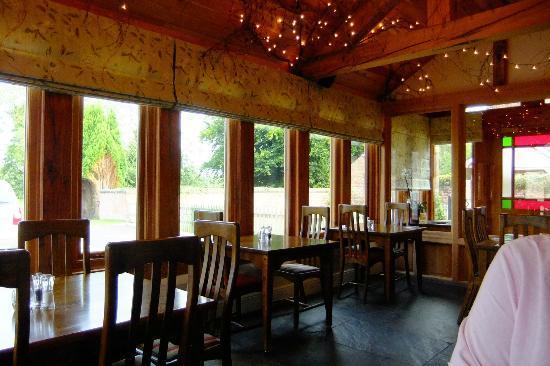 The Badger Inn: DINING ROOM