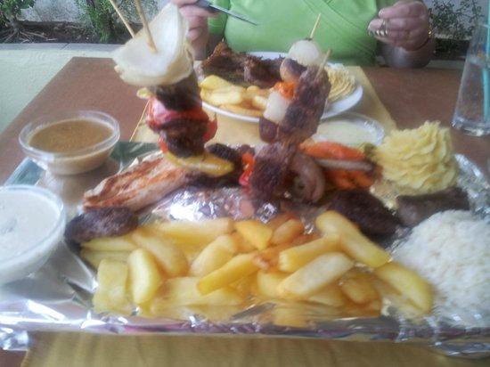 Summer Rain Restaurant: D & S Mixed grill