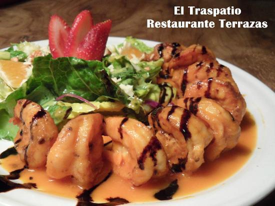 Camrones en salsa de mango flameados al tequila picture for El salas restaurante