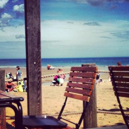 Tynemouth Cafe On The Beach