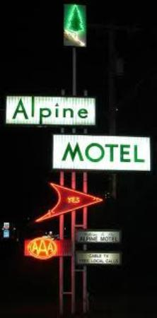 Alpine Motel: Road sign from street