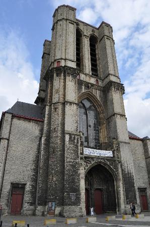 St Michael s Church : Fachada frontal