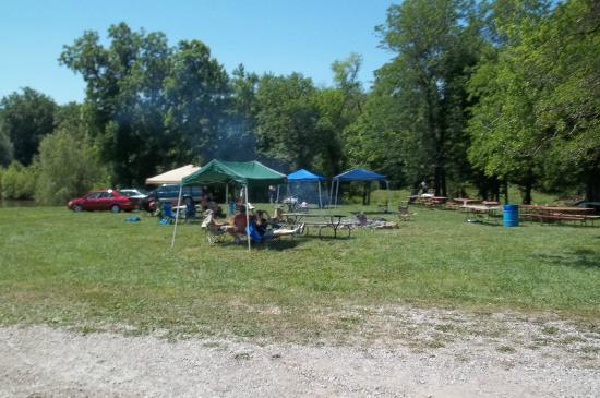 The Great Escape RV & Camp Resort: One of the tenting areas