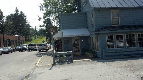 Harney & Sons Tea Shop & Tasting Room