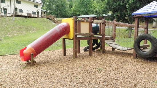 Holiday Hills Resort: beach playground