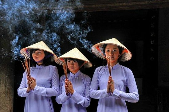 Indochina Charm Travel - Day Tours