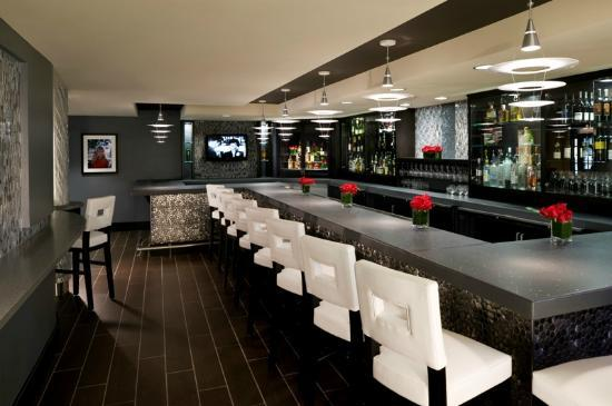 Artmore Hotel: Studio Bar
